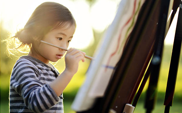girl-painting_3059833b