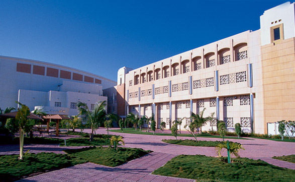 المدارس السعودية الرائدة