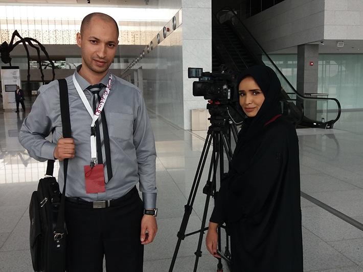 أثناء تصوير حوار صحفي مع مؤسسة قطر للتربية والعلوم وتنمية المجتمع Qatar Foundation